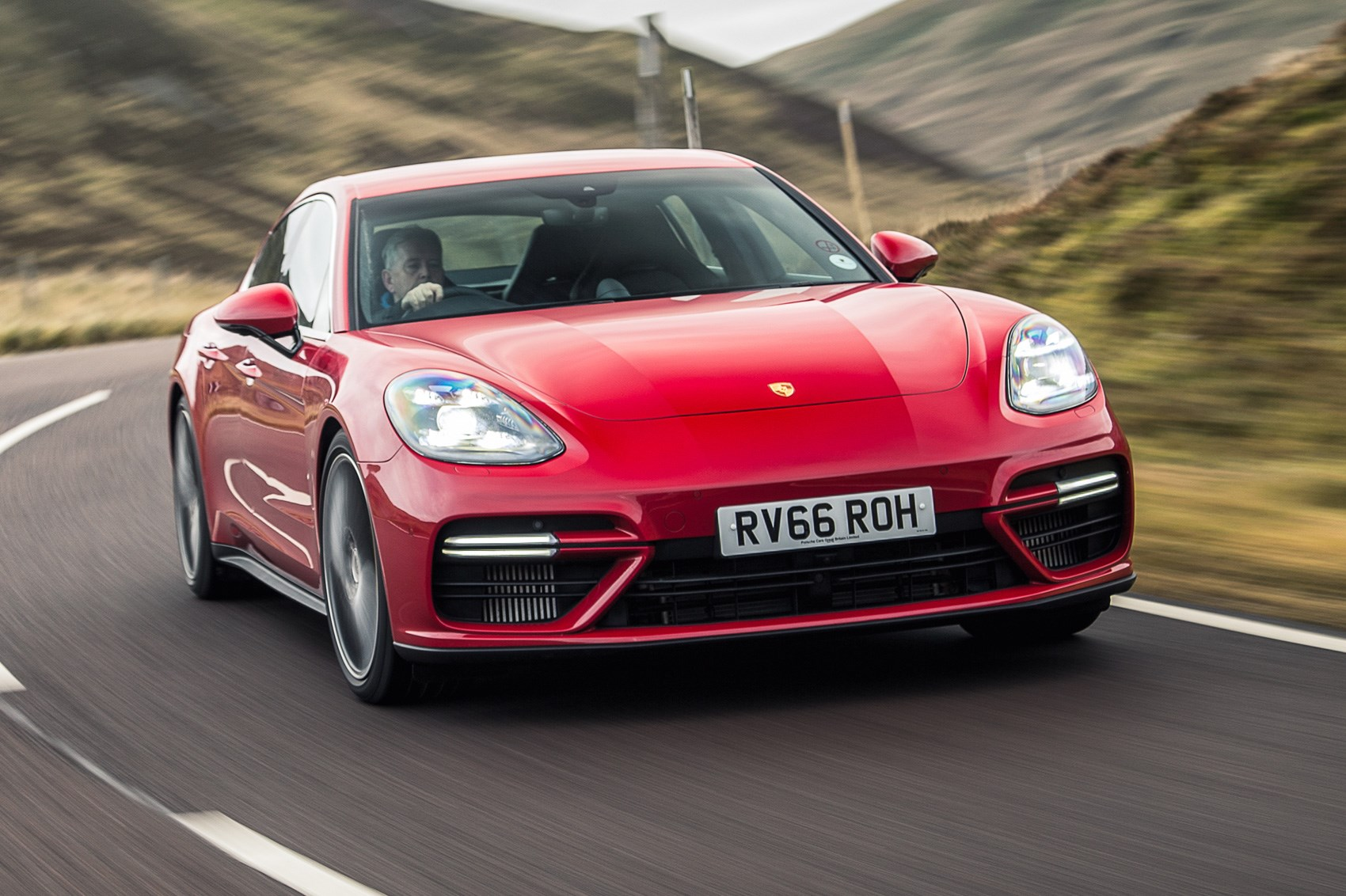 Porsche Panamera Turbo 2017 Review