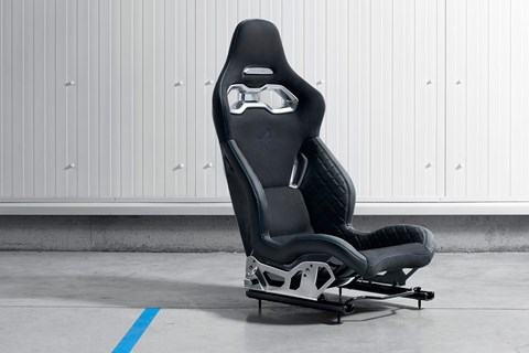 Alpine sports car seat