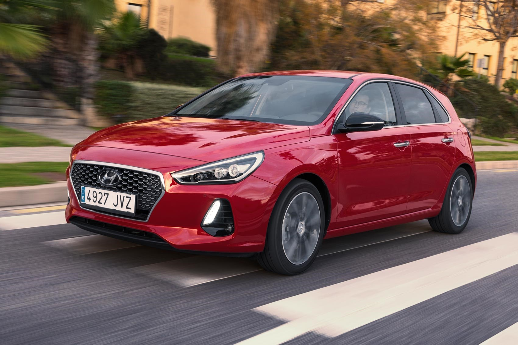 Hyundai i30 1.4 T-GDi 140PS Premium (2017) review by CAR ...