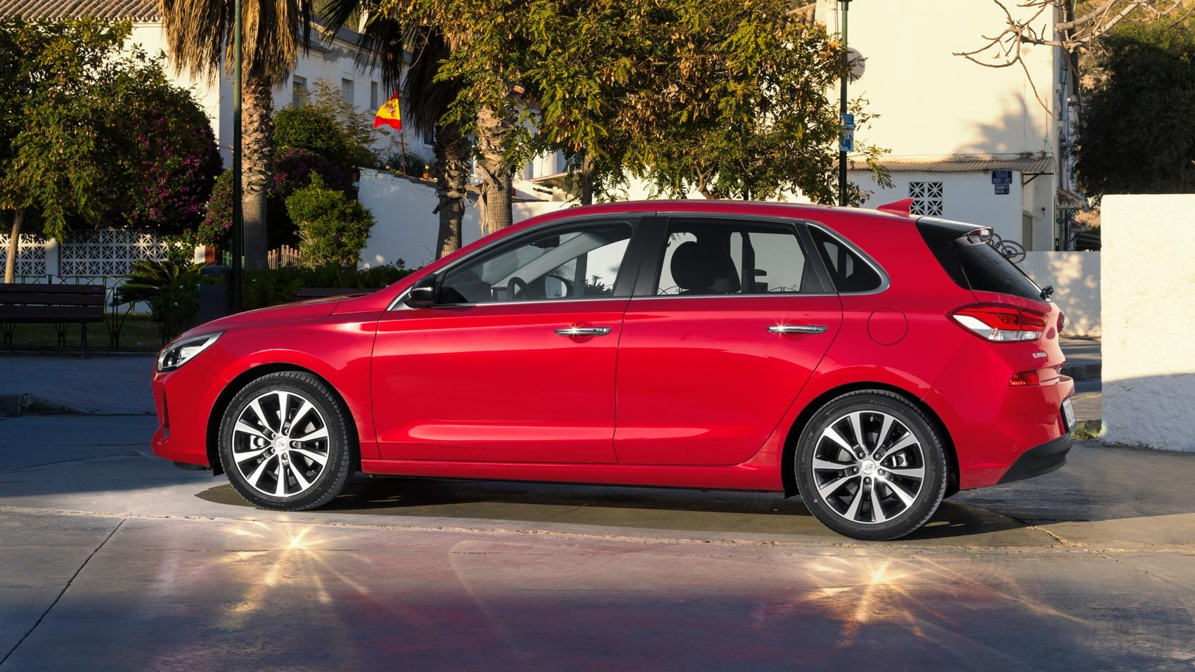 Hyundai Lease Deals >> Hyundai i30 1.4 T-GDi 140PS Premium (2017) review by CAR ...