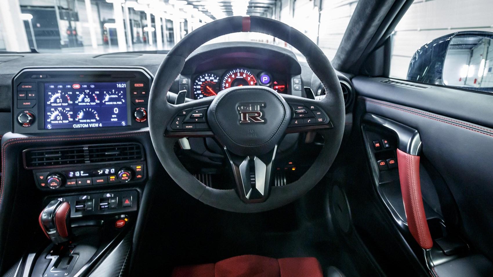 Nissan Gt R Nismo 2017 Review Car Magazine