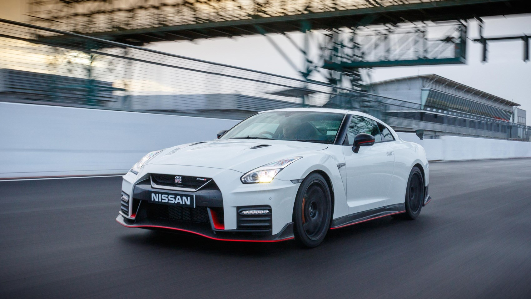 Nissan GT-R Nismo (2017) review | CAR Magazine