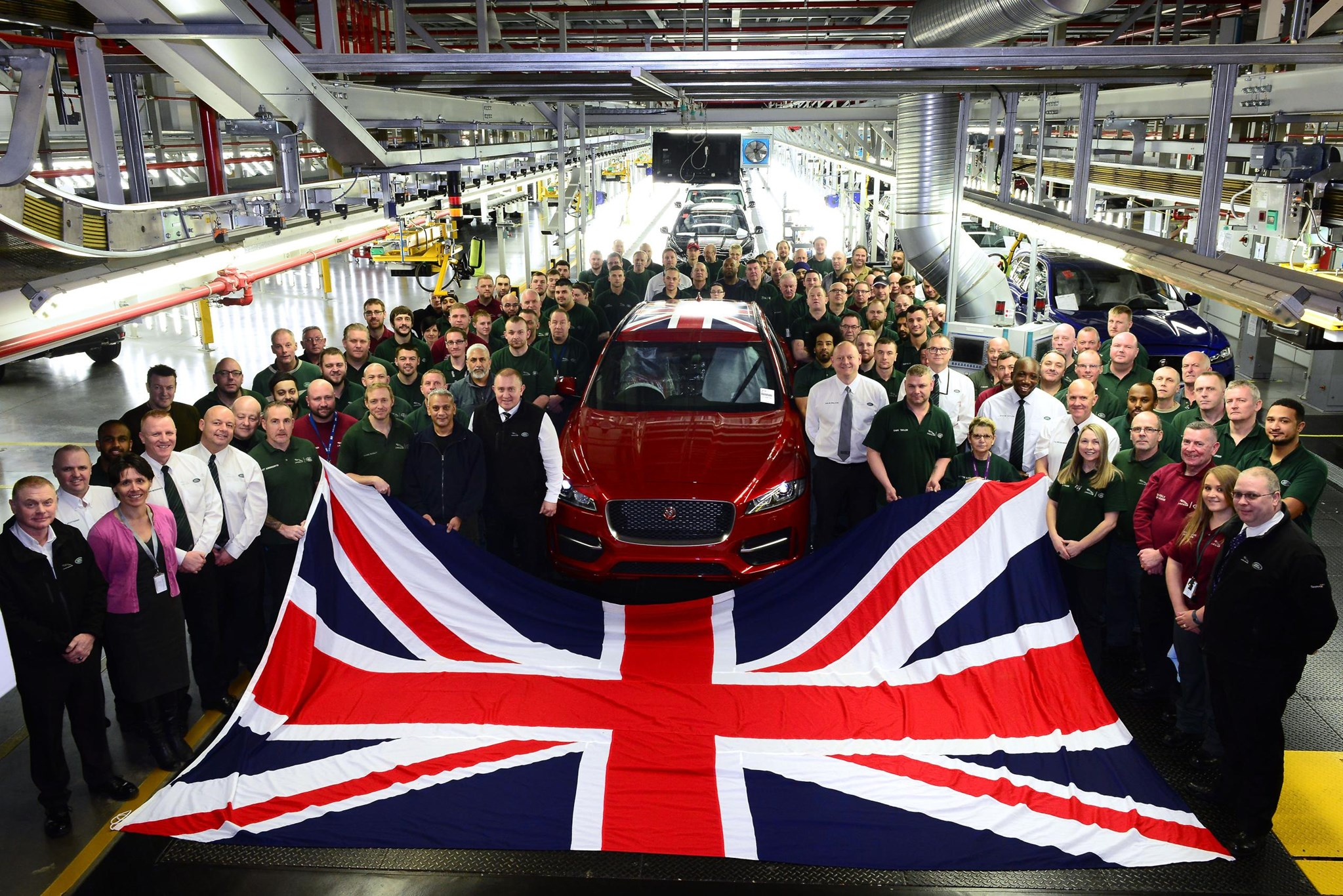 British auto manufacturing output reached 17-year high in 2016