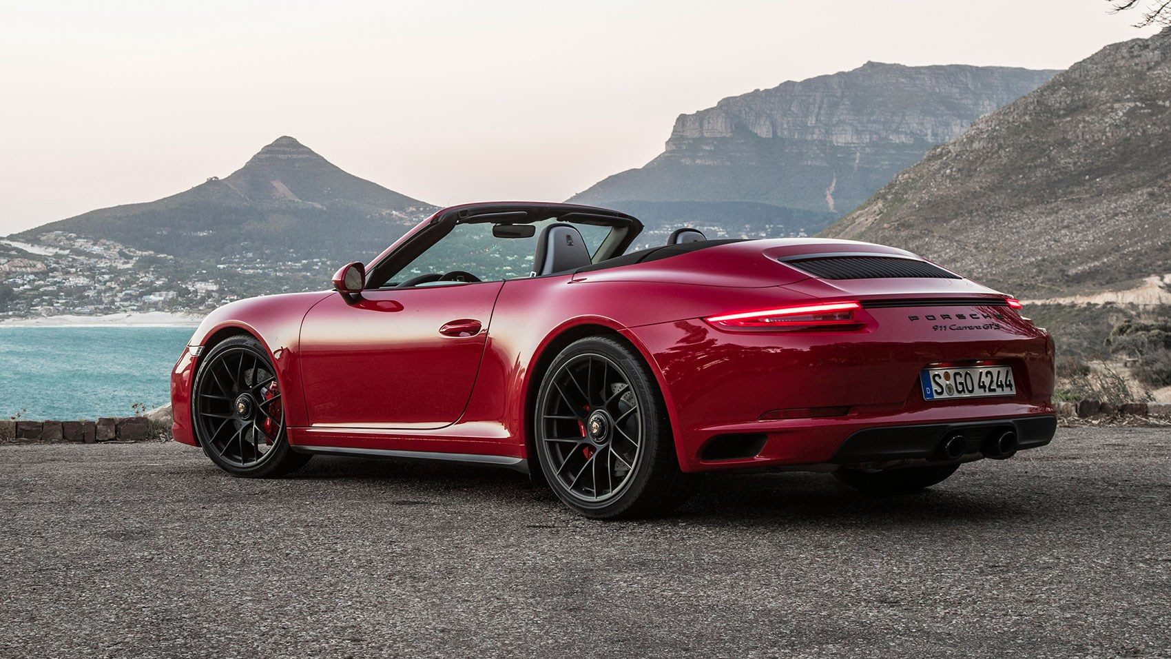 porsche 911 carrera gts cabriolet 2017 review by car magazine. Black Bedroom Furniture Sets. Home Design Ideas