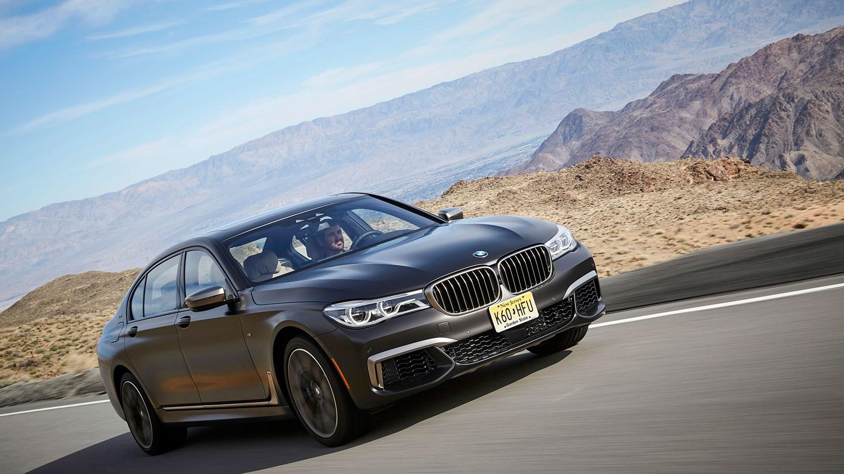 BMW M760Li xDrive V12 (2017) review | CAR Magazine