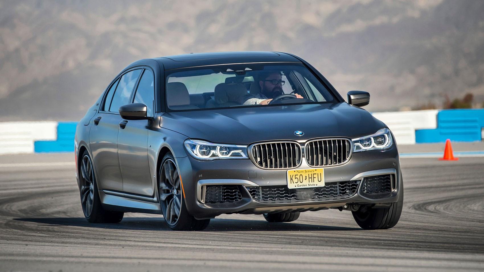 Model BMW M760Li XDrive V12 2017 Review By CAR Magazine