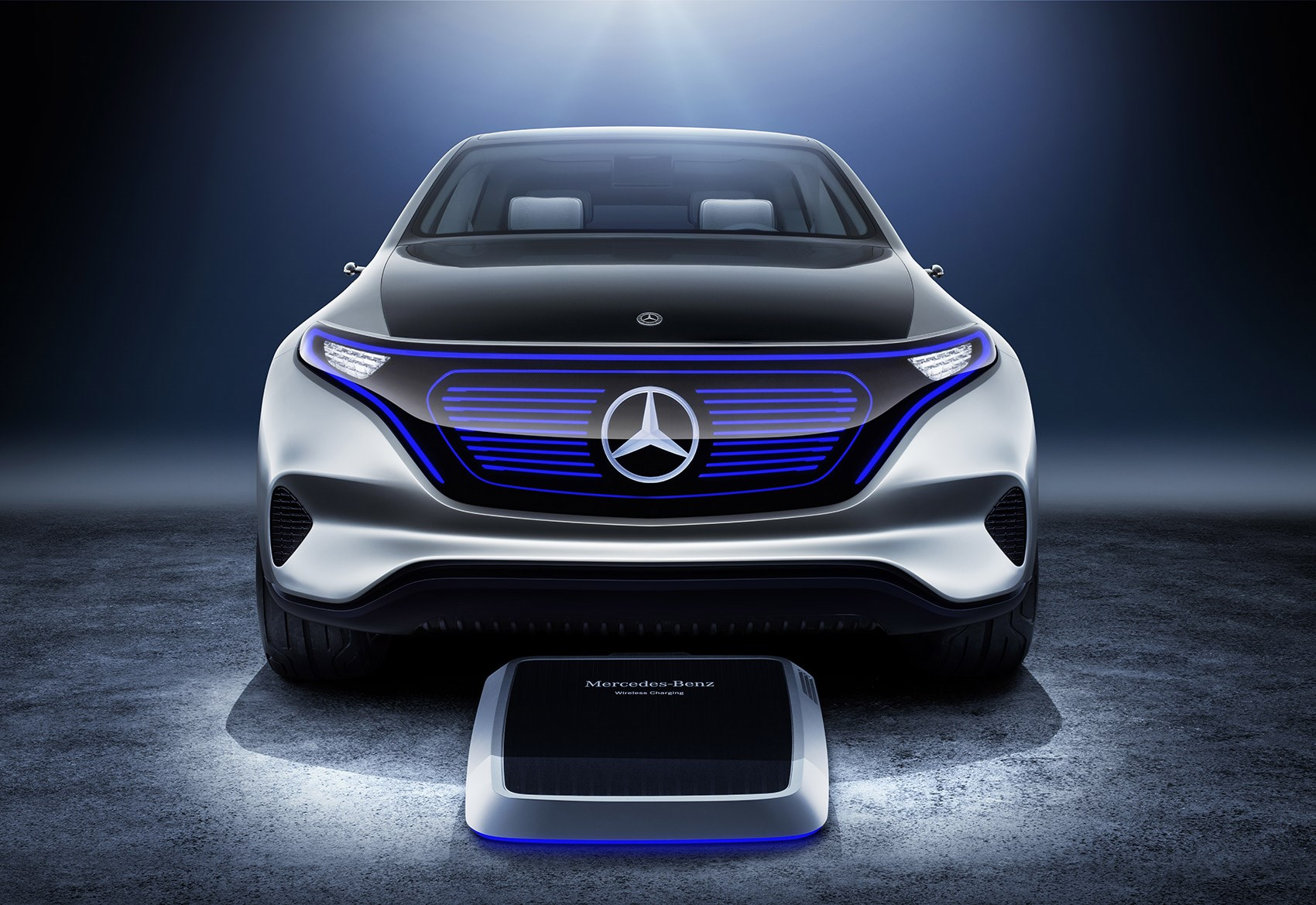 Mercedes benz eq 2018 39 s new electric crossover steps out for The newest mercedes benz