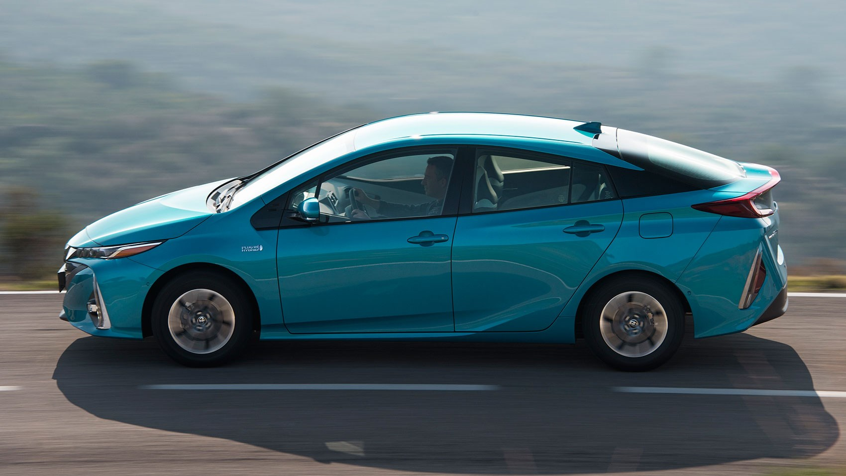 toyota prius plug in 2017 review car magazine. Black Bedroom Furniture Sets. Home Design Ideas