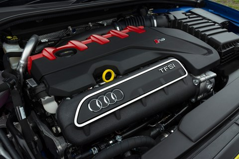 Audi RS3 Sportback 2017 engine cover