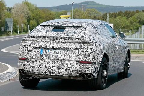 Lamborghini Urus road rear cornering