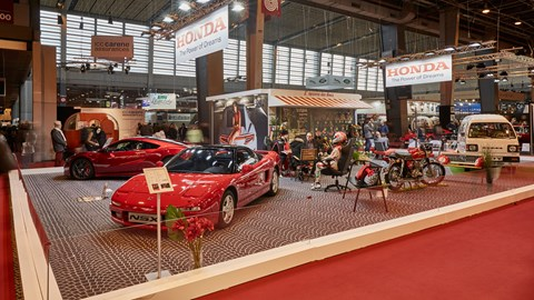 Old NSX meets new at Retromobile 2017
