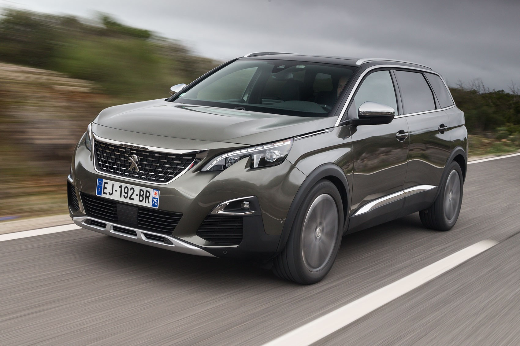Peugeot 5008 (2018) Review: Gallic Flair In SUV-form