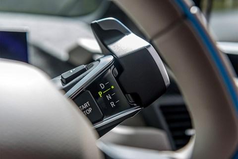 BMW i3 gearleer