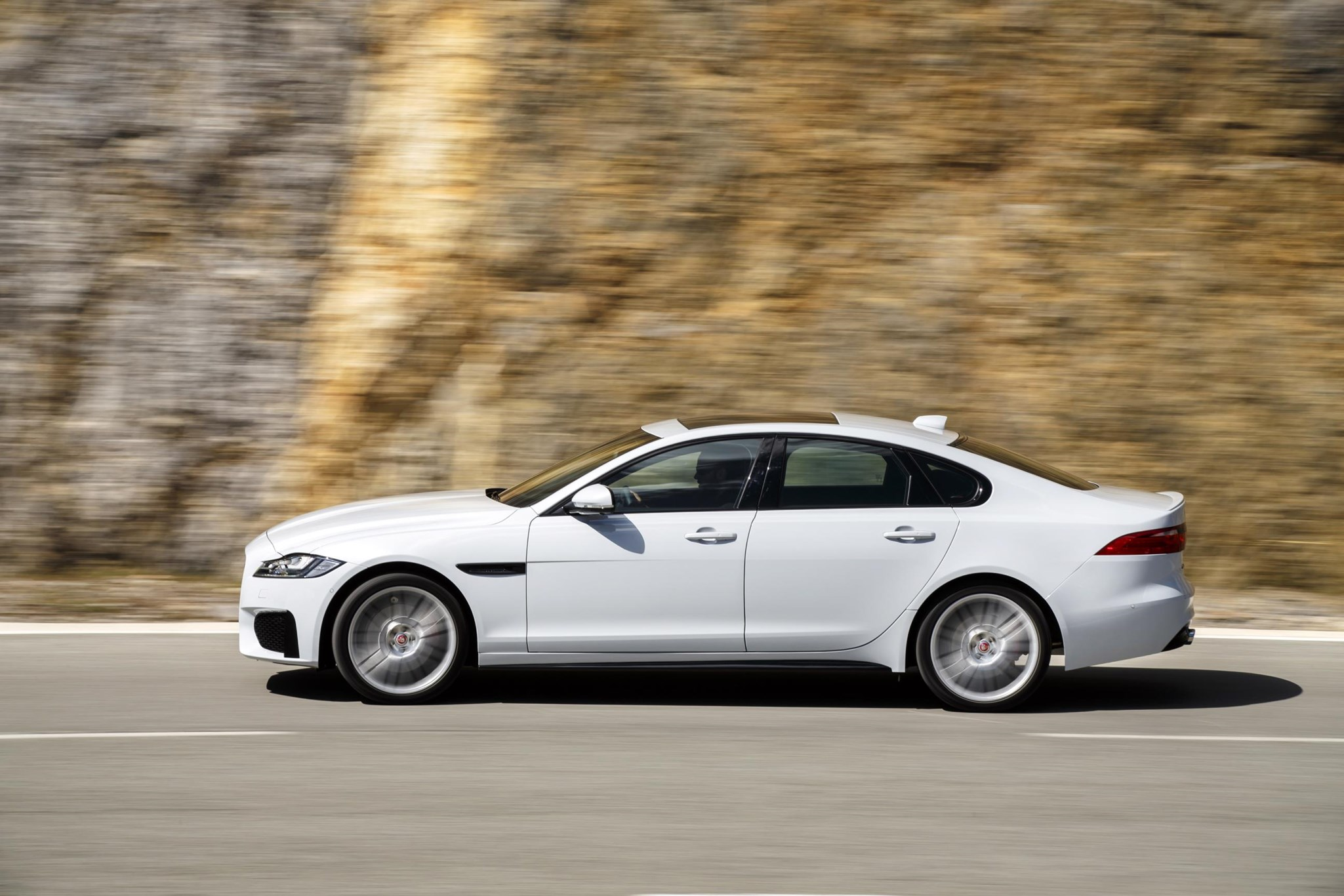 New 2018 Ingenium Engines Pep Up Jaguar F Pace Xe Xf Car Magazine
