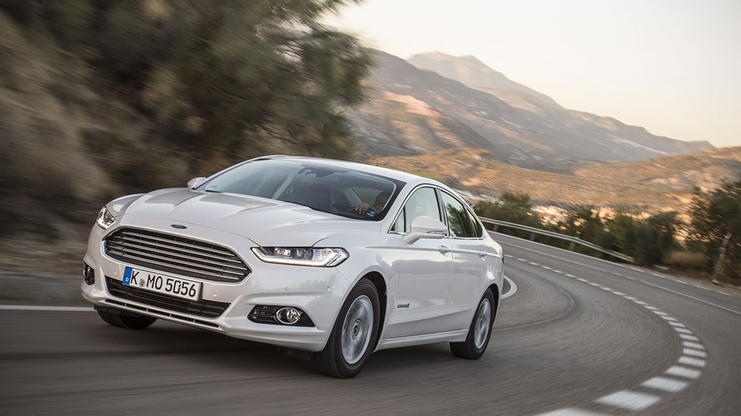 Ford Mondeo Anium 2 0 Tivct Hybrid 2017 Review
