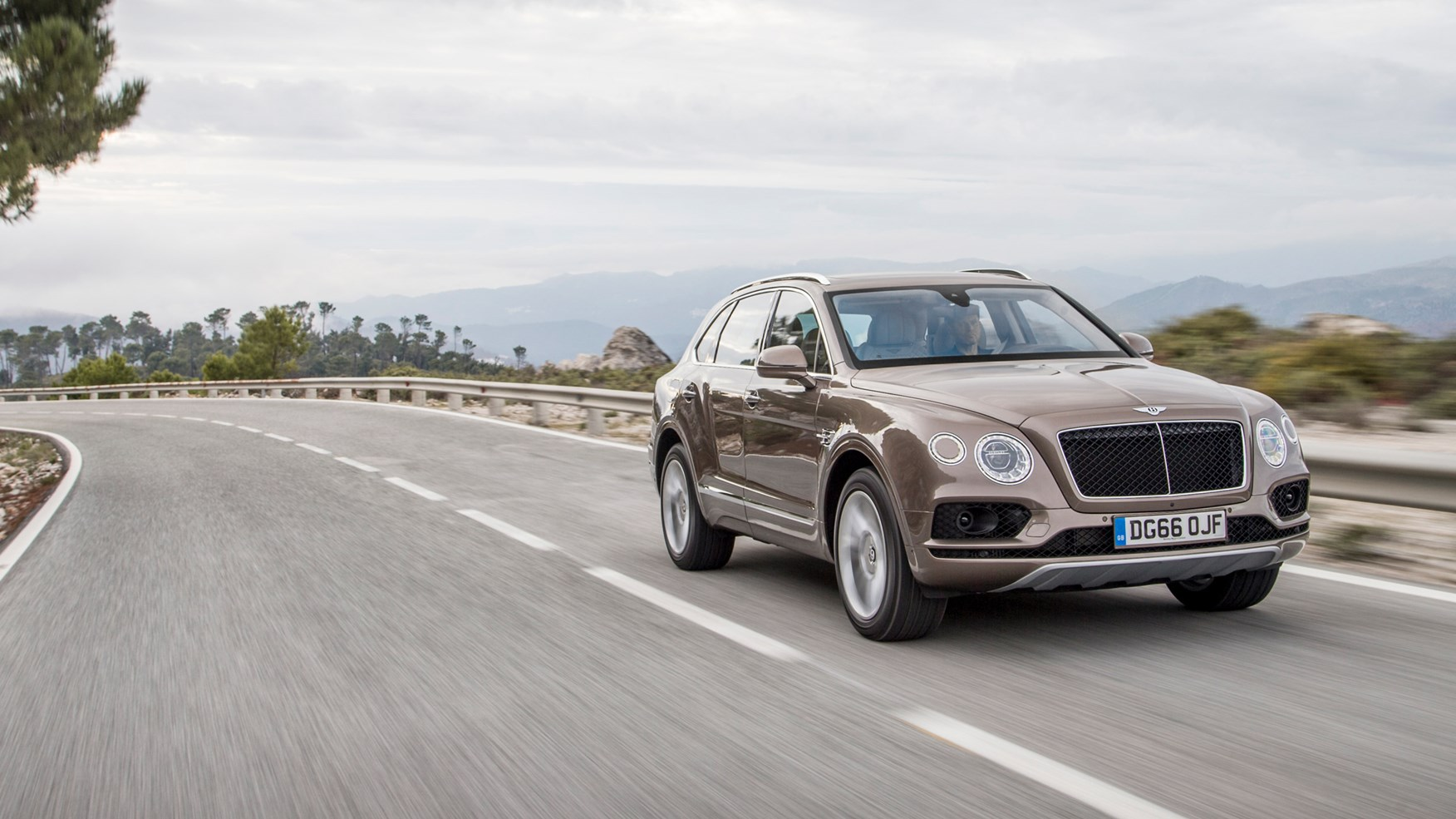 bentley bentayga lease deals with Bentley Bentayga Diesel 2017 Review on In The Autoblog Garage 2010 Ford Fusion Sport besides Don Garlits Dodge Challenger Drag Pak as well Ferrari 599xx At Laguna Seca together with Audi A1 Sportback Concept 2 as well Ferrari 599xx At Laguna Seca.