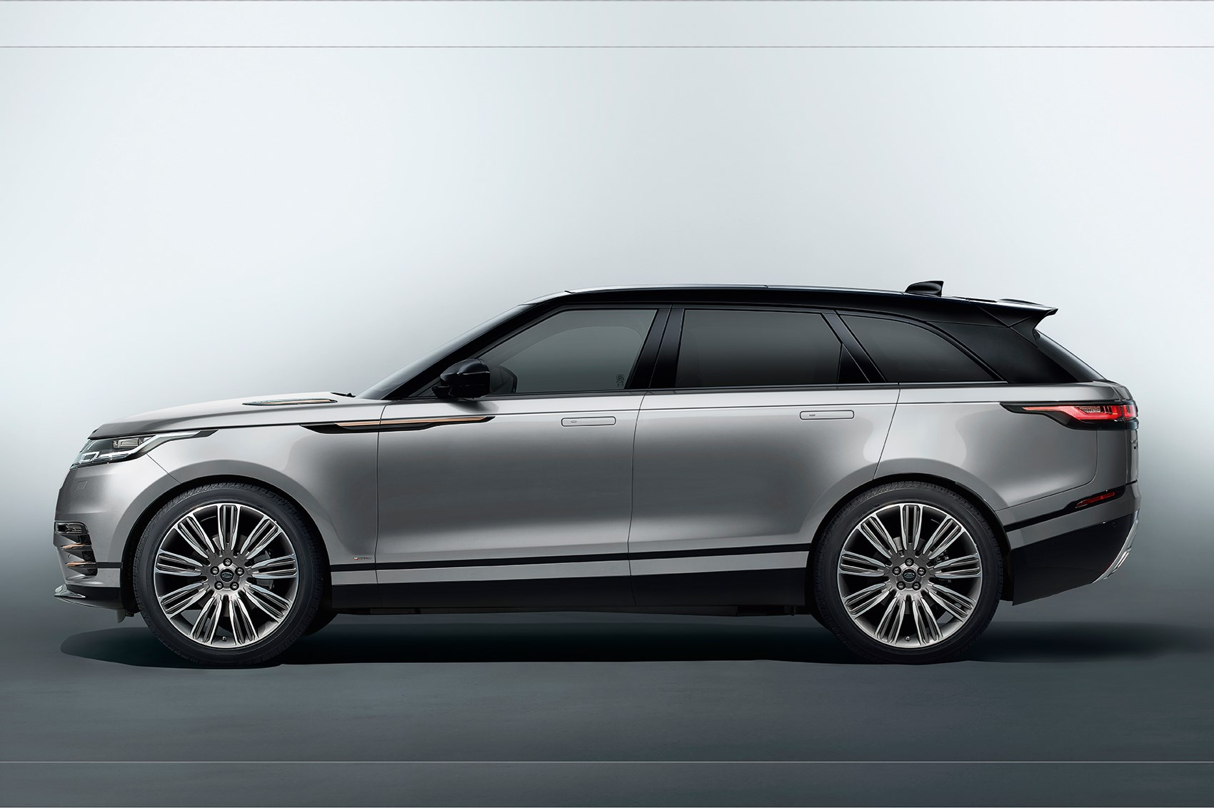 New Range Rover Velar Revealed In Pictures Car Magazine