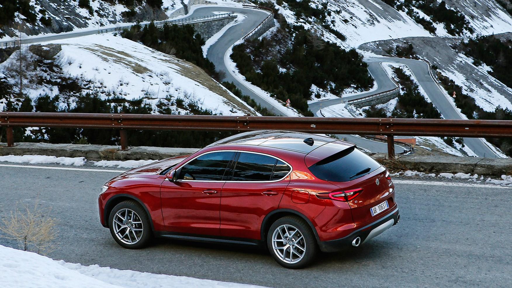 Alpha Romeo Stelvio Review Edmunds   Autos Post