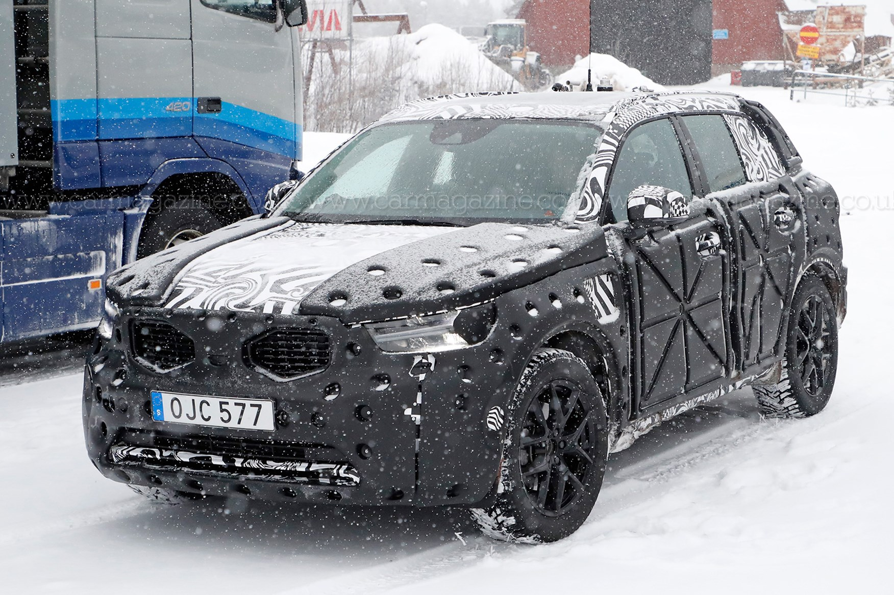 Volvo XC40 SUV spied: first peek at new crossover's interior | CAR Magazine