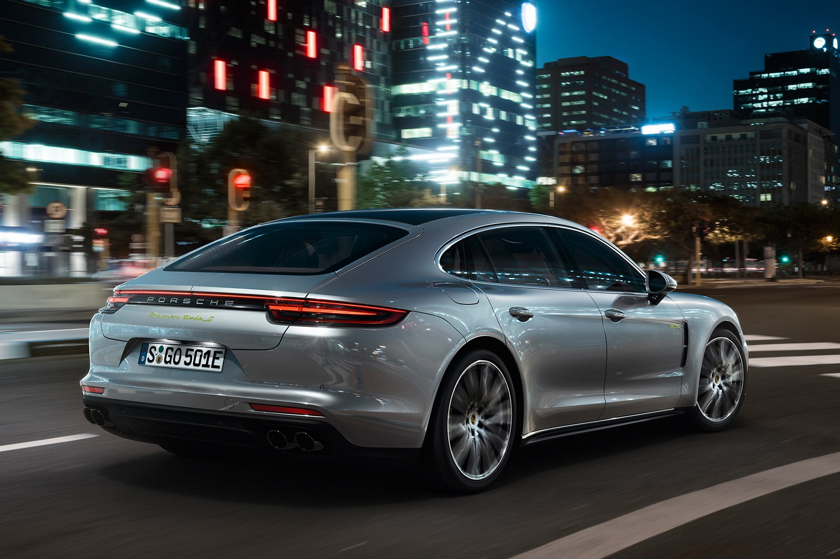 Porsche Panamera Turbo S E Hybrid The Fastest Panam Is A