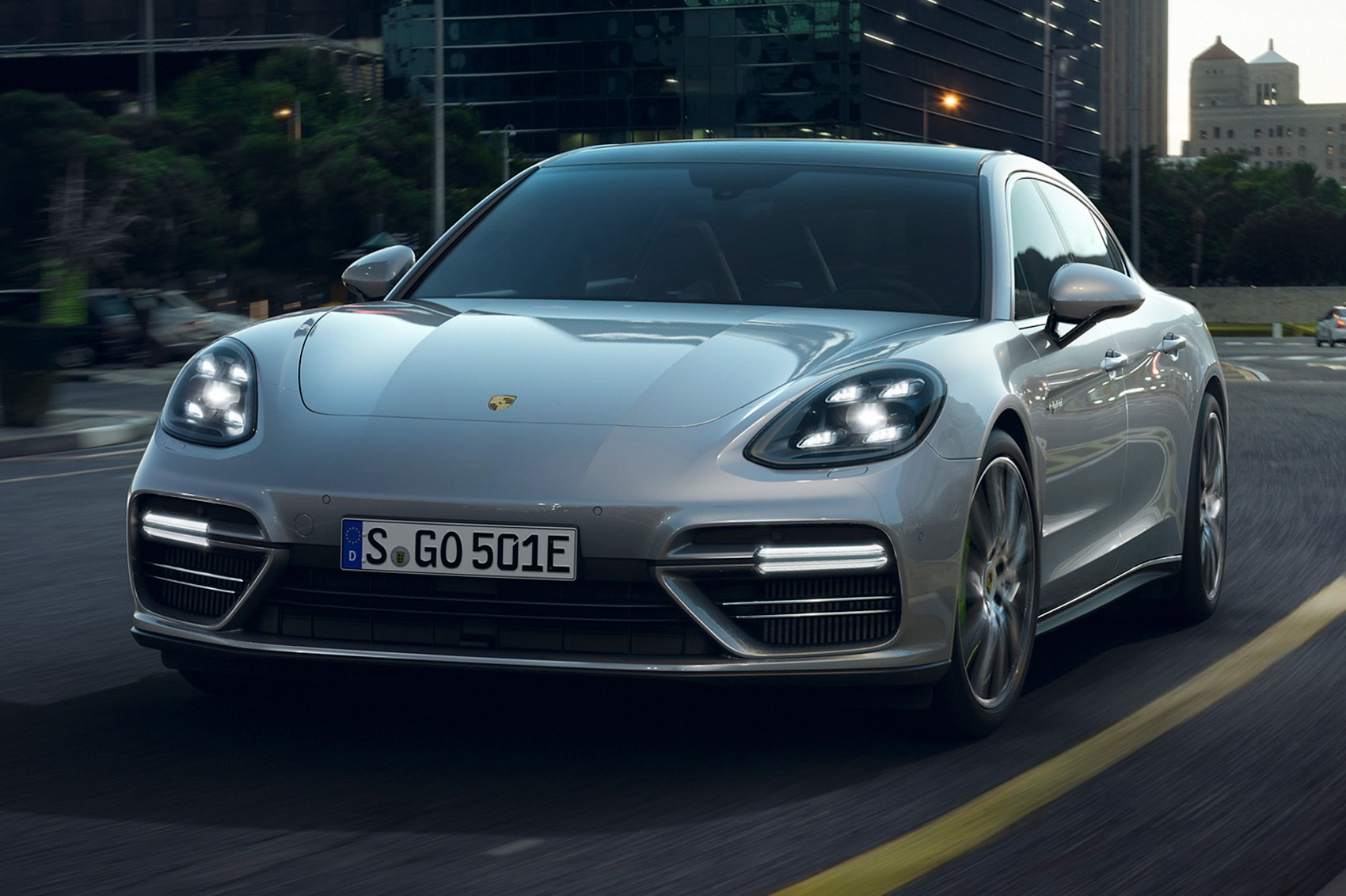 Porsche Panamera Turbo S E Hybrid The Fastest Panam Is A Plug In