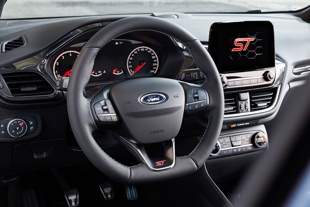 Ford Fiesta St 2018 Cabin