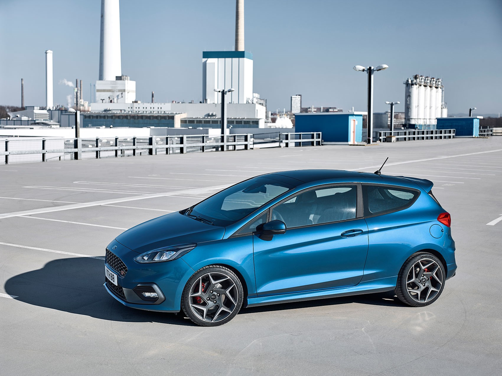 side profile the new 2018 ford fiesta st