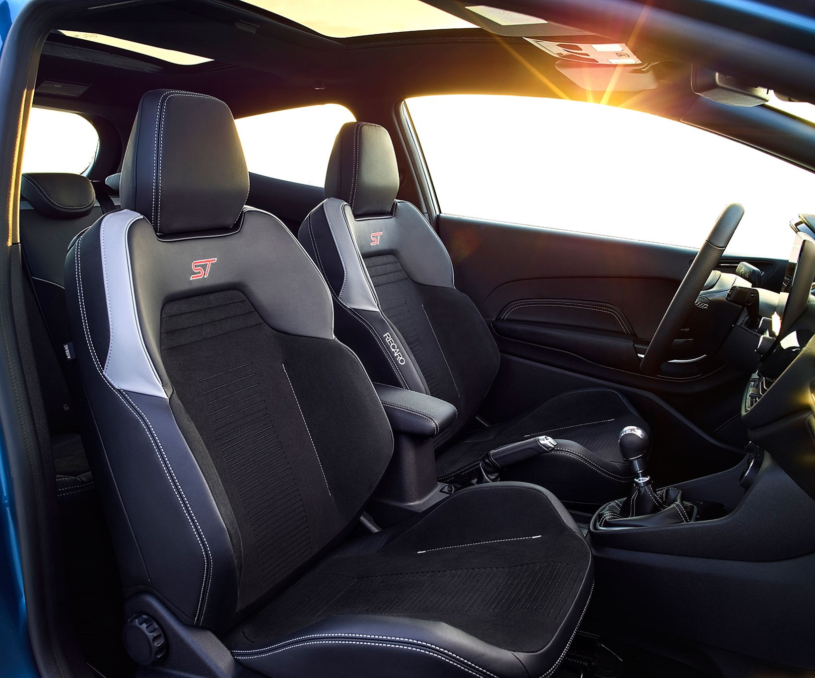 ... Recaro bucket seats to keep passengers upright ... & New Ford Fiesta ST 2017: news specs and photos by CAR Magazine markmcfarlin.com