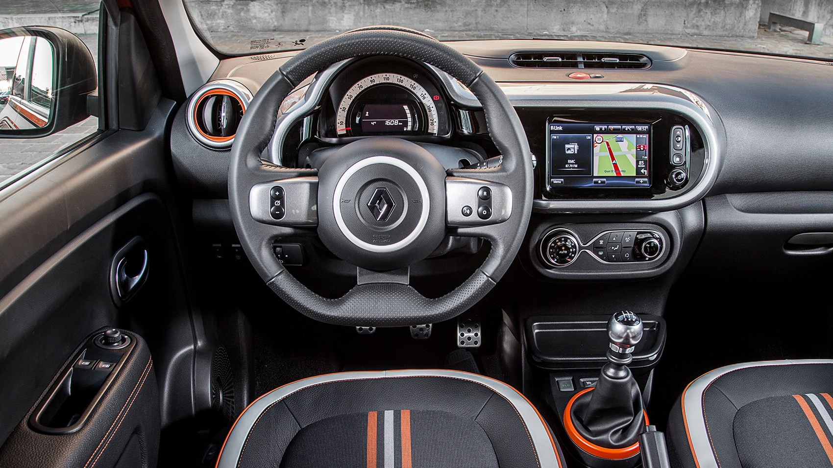 renault twingo gt 2017 review by car magazine. Black Bedroom Furniture Sets. Home Design Ideas