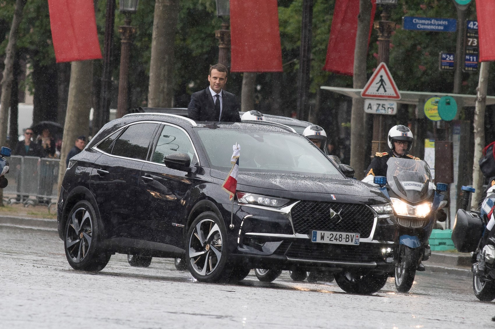 DS7 Crossback SUV: new French president Macron has first ...