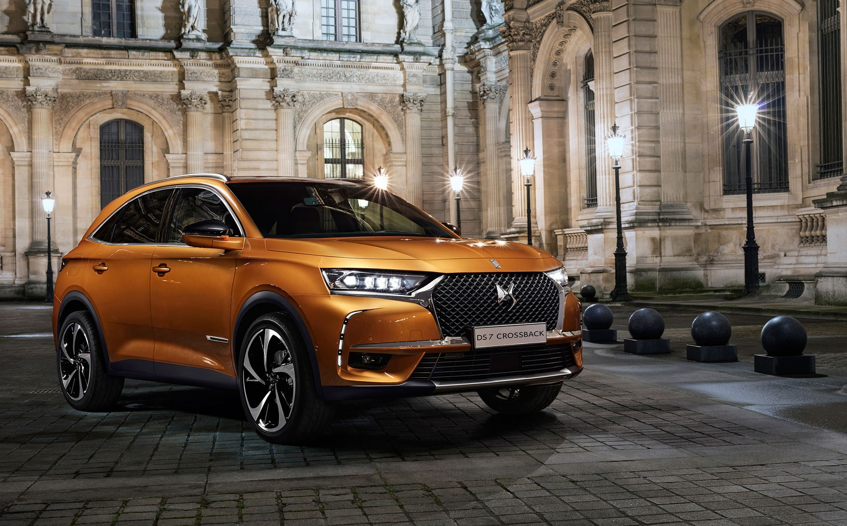 Ds7 Crossback Suv New French President Macron Has First Dibs By Car Magazine