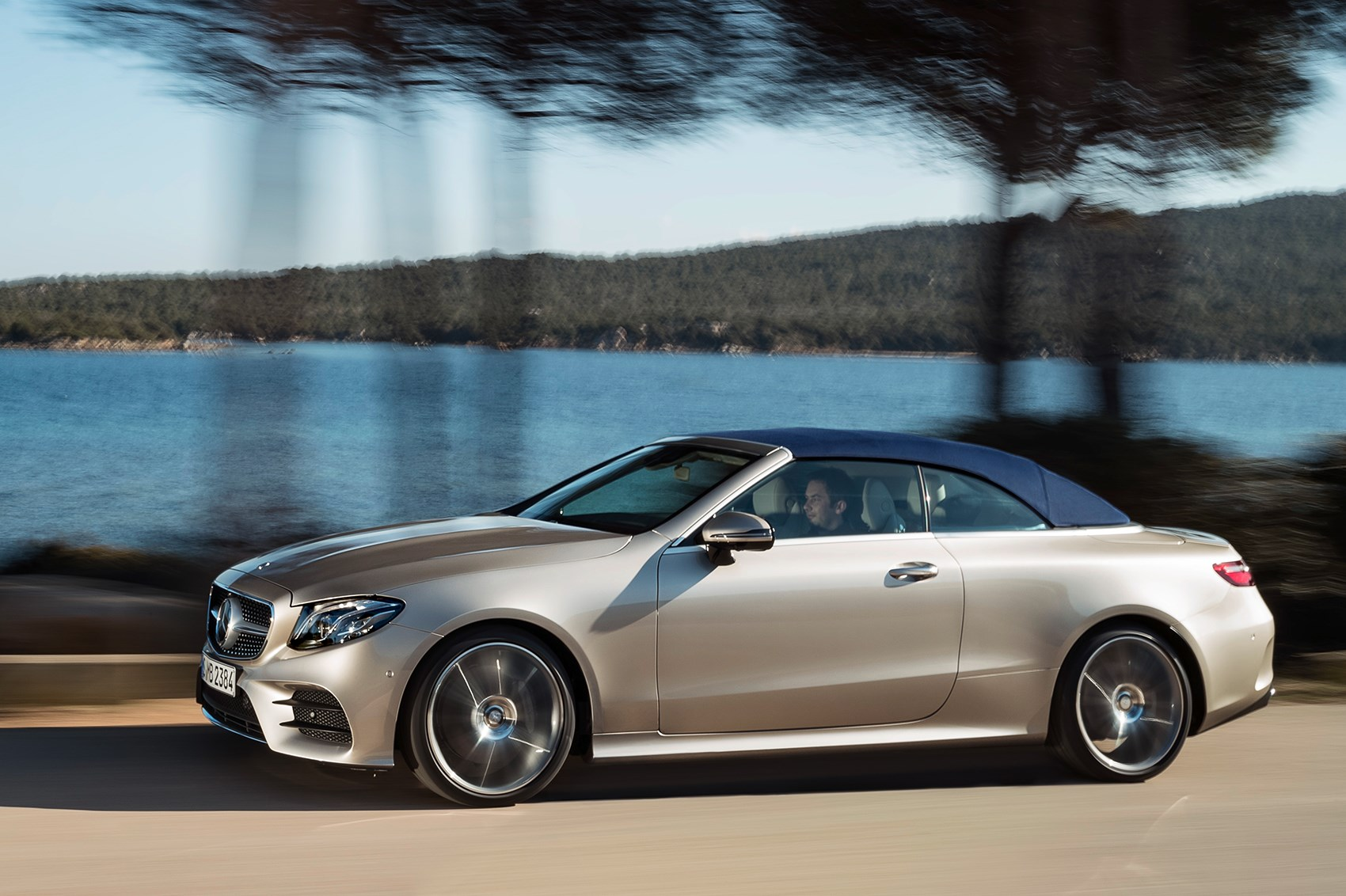 Merc blows the roof off the mercedes e class cabriolet at - Mercedes car show ...