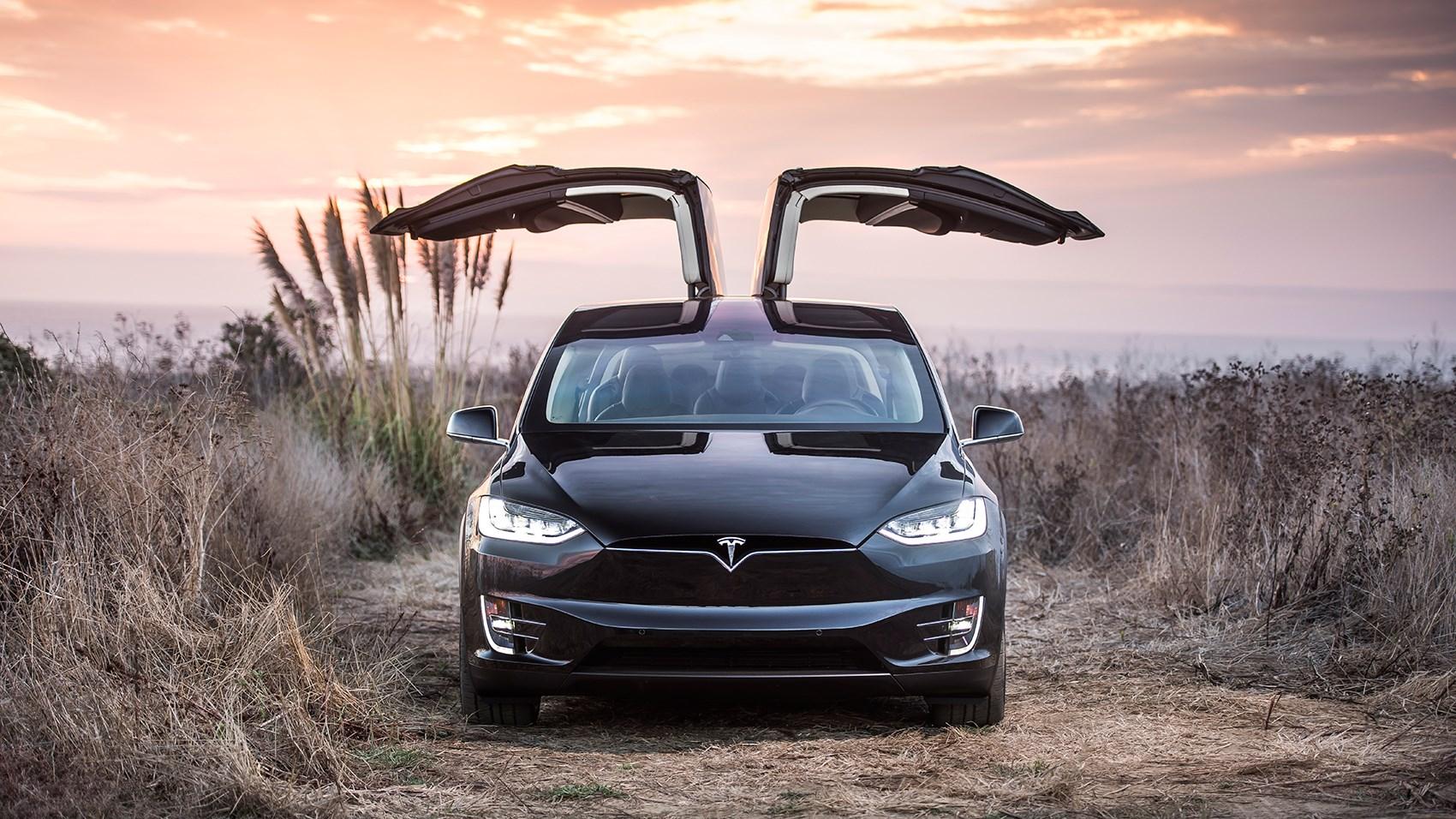 Tesla Model X 2018 Review A Pioneer Under Siege Car