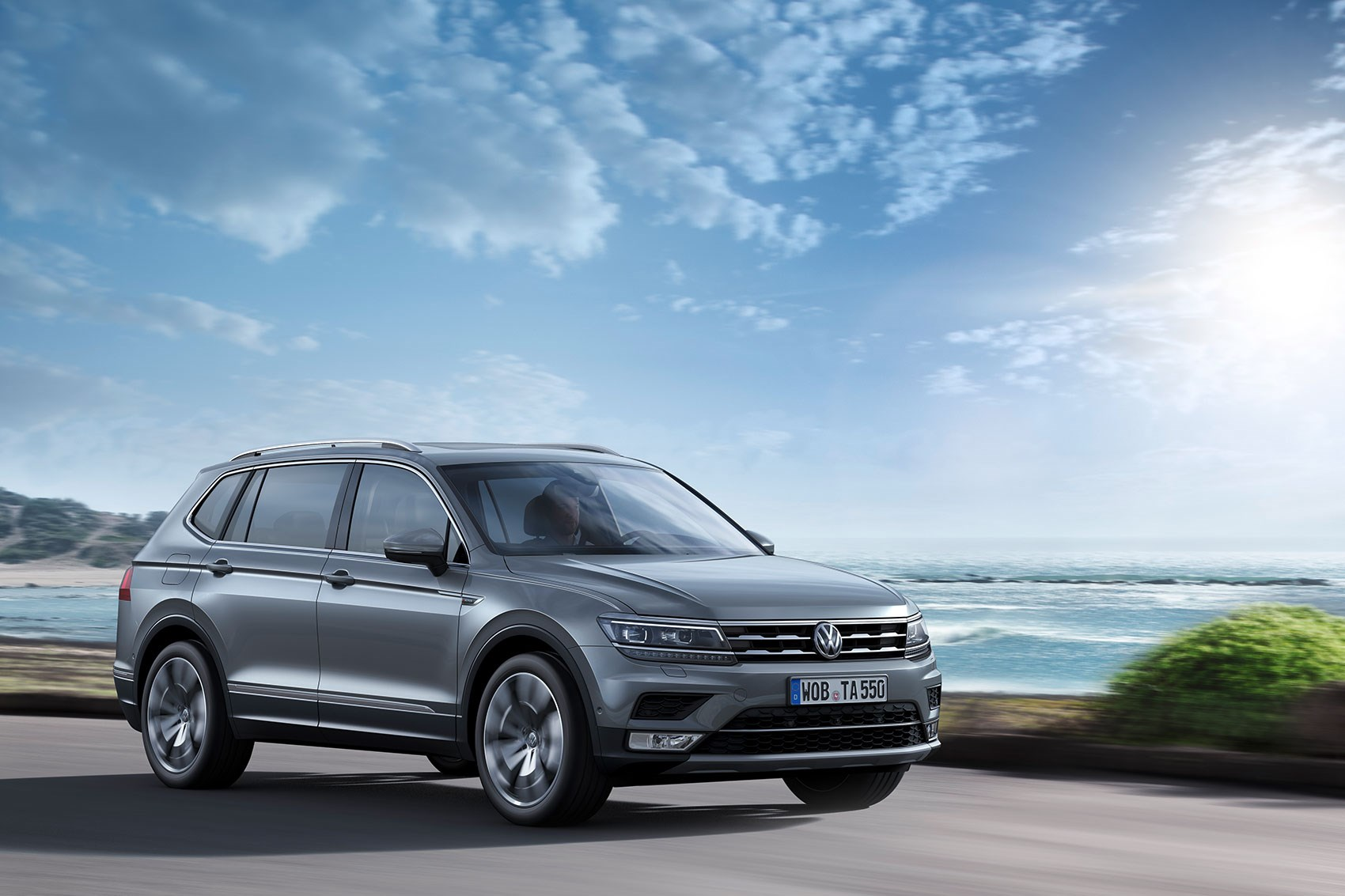 volkswagen tiguan grows to become allspace by car magazine. Black Bedroom Furniture Sets. Home Design Ideas