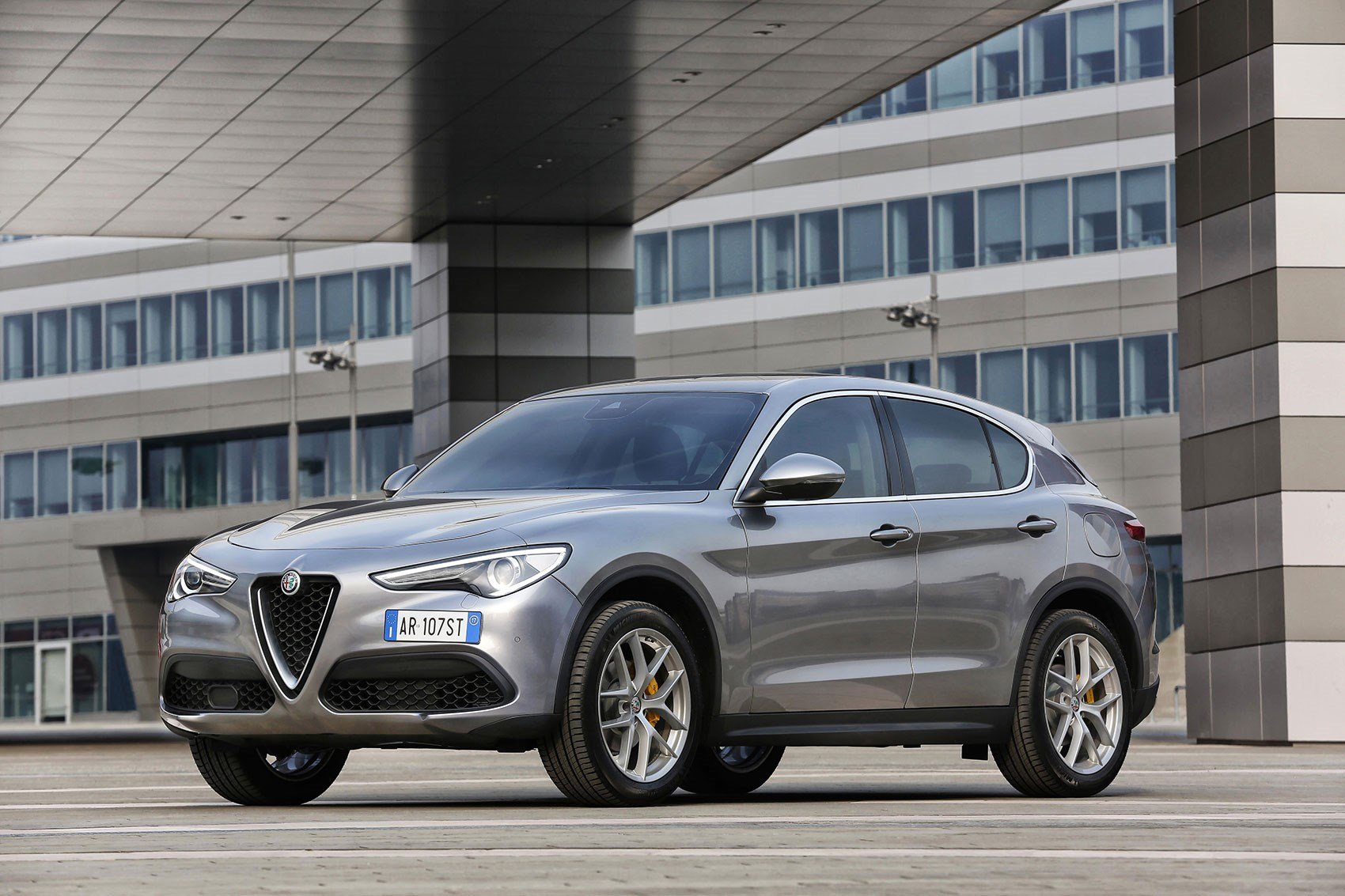 Alfa Romeo Stelvio (2017) Review By CAR Magazine