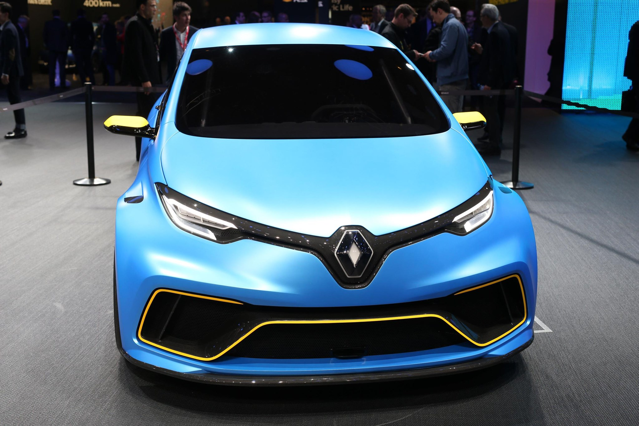 renault zoe e sport muscles up with 460bhp ev hyper hatch car magazine. Black Bedroom Furniture Sets. Home Design Ideas
