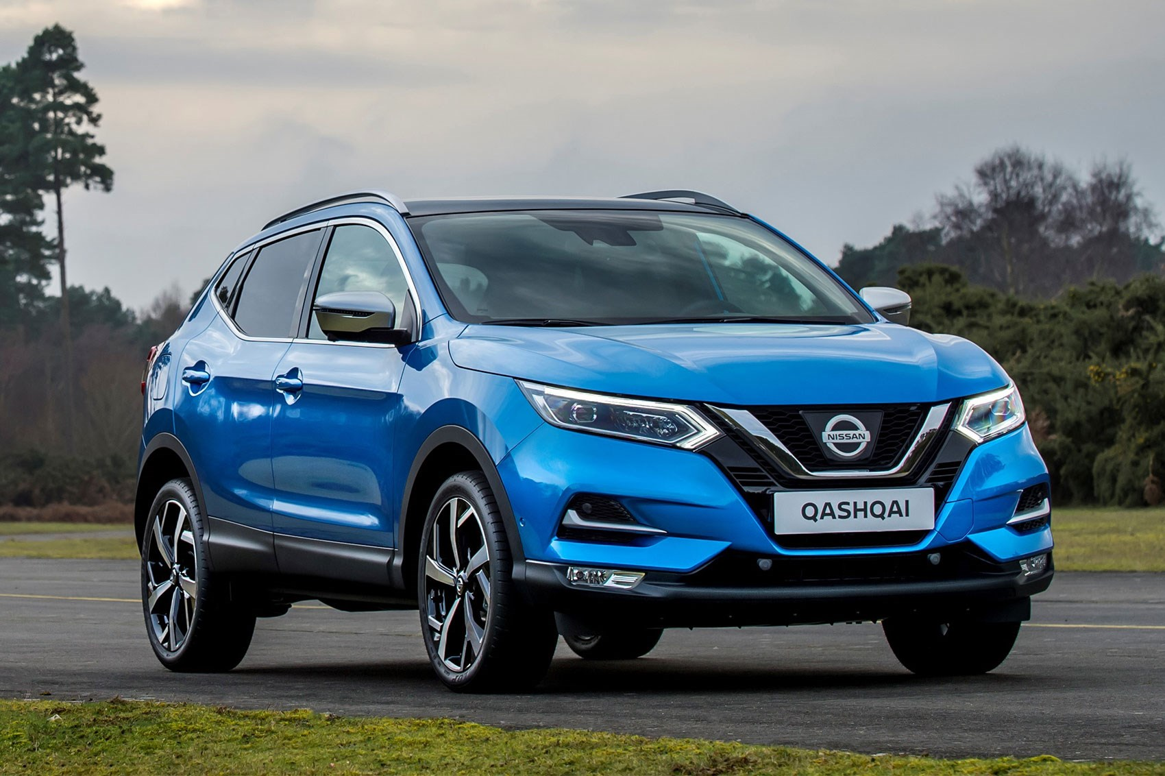 nissan qashqai goes premium at geneva 2017 by car magazine. Black Bedroom Furniture Sets. Home Design Ideas