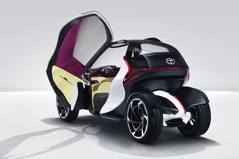 Toyota i-TRIL concept at Geneva 2017
