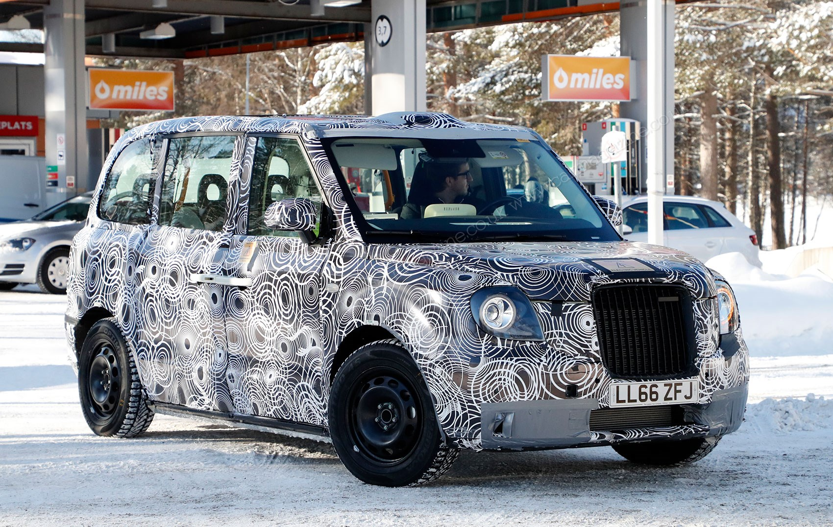 London Taxi Company TX5 spy photos in Arctic Circle by CAR ...