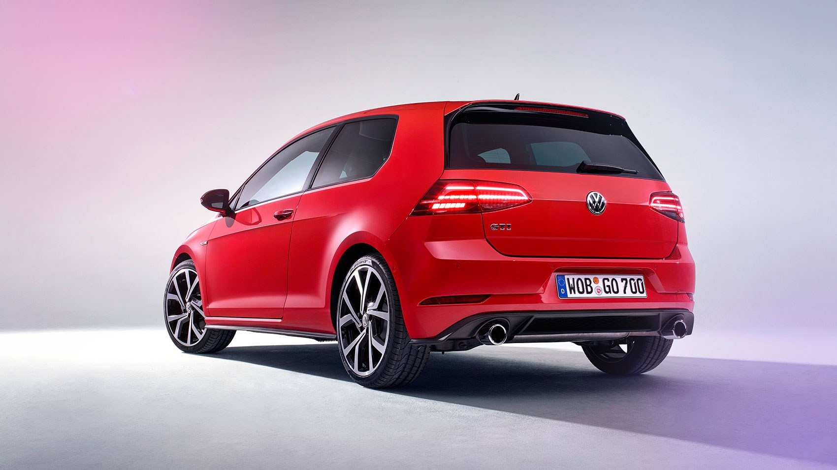 vw golf gti 2017 mk7 facelift review car magazine. Black Bedroom Furniture Sets. Home Design Ideas
