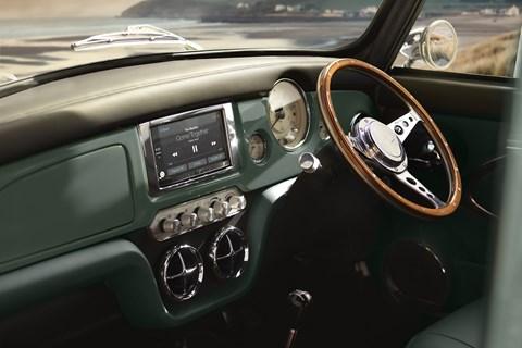 Mini Remastered interior