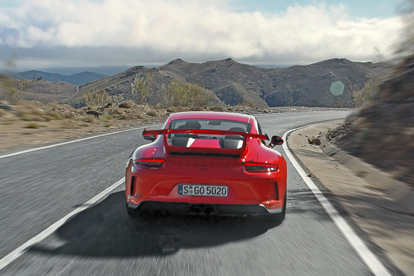 A Ride In The New Porsche 991 2 Gt3 7 Things We Learned