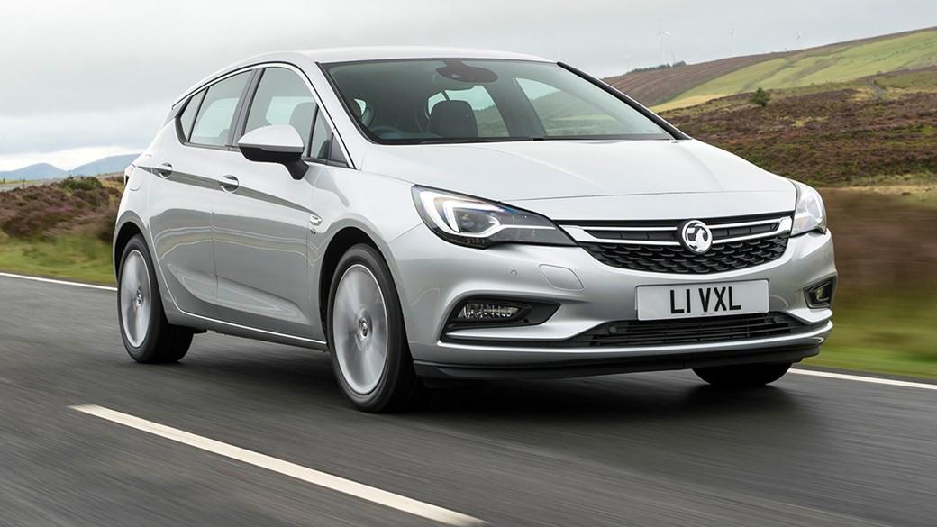 Vauxhall Astra 1 6 CDTi ecoFLEX (2017) review | CAR Magazine