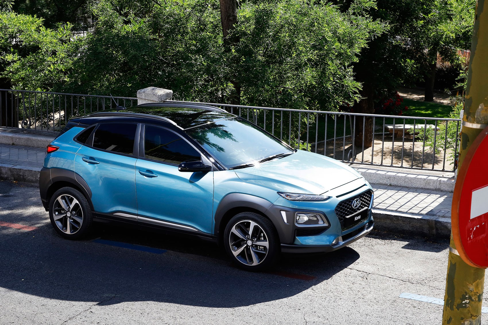Small Volvo Suv >> New Hyundai Kona SUV: specs, details, photos by CAR Magazine