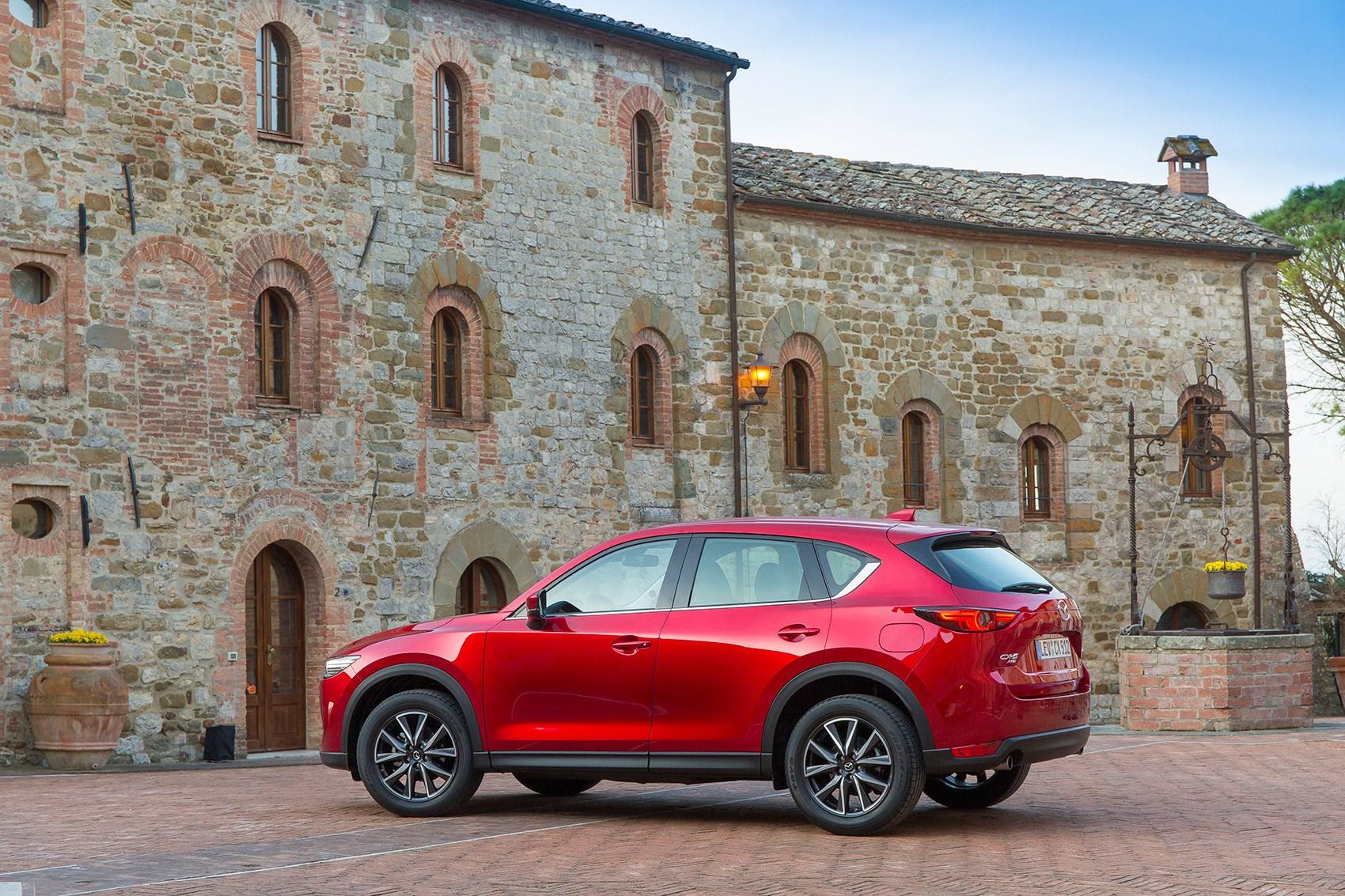 New 2017 Mazda CX-5 rear end