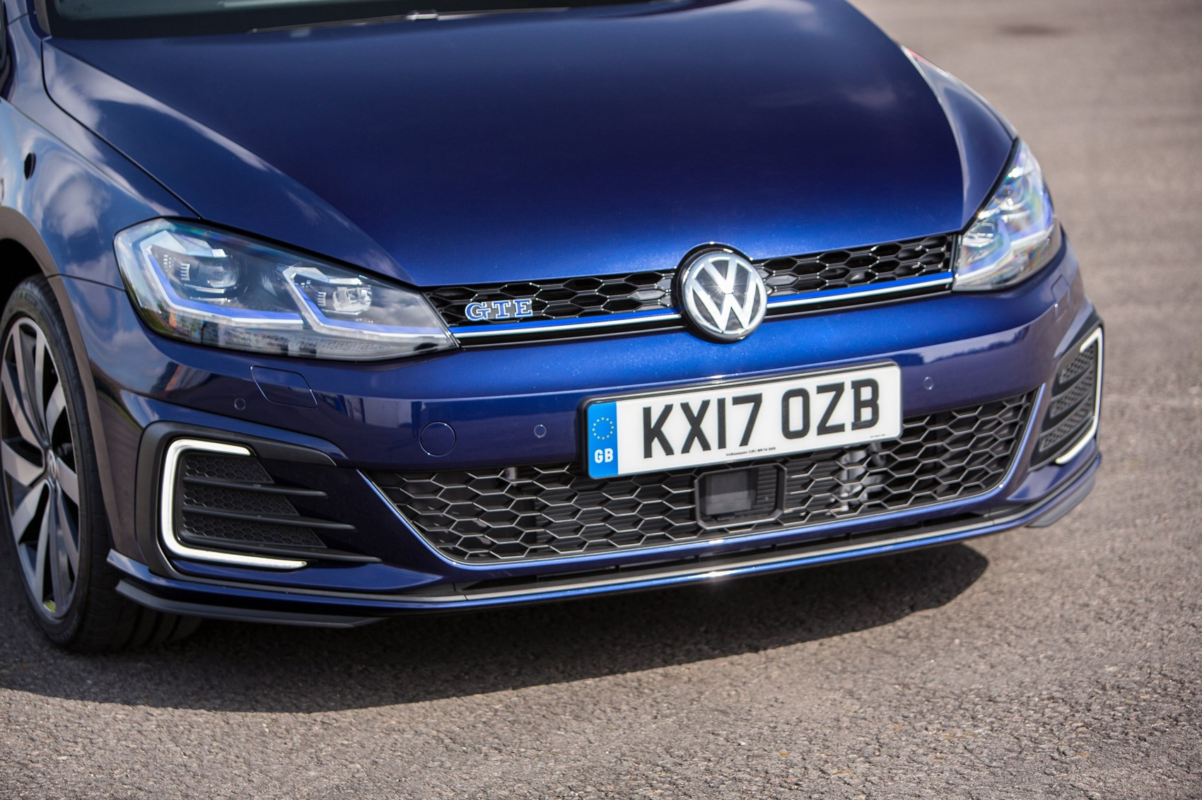 Why you can't order a VW Golf GTE hybrid right now by CAR ...