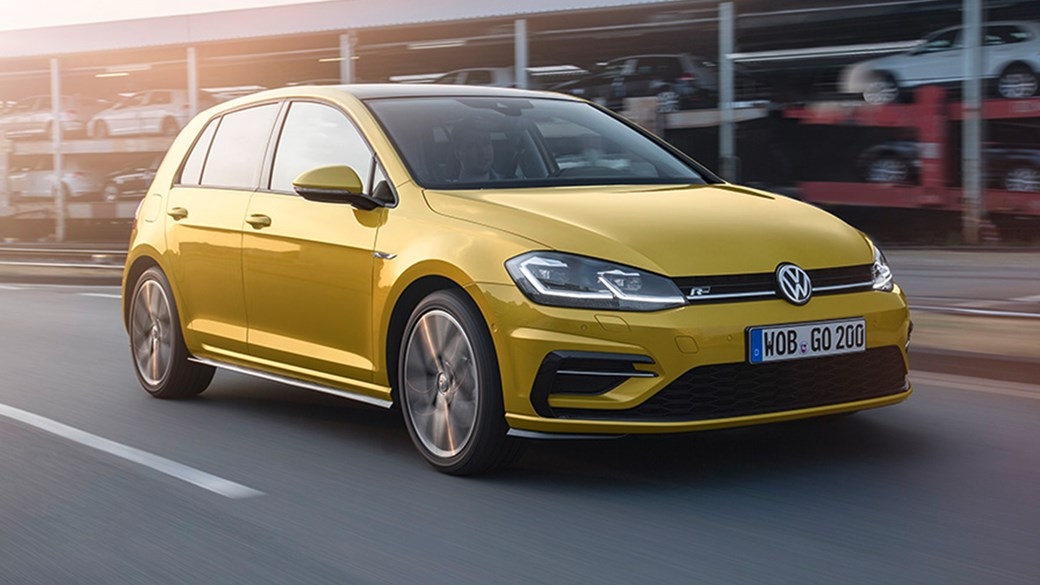 Volkswagen Golf 2 0 TDI 150 R Line 5dr 2017 review by CAR Magazine