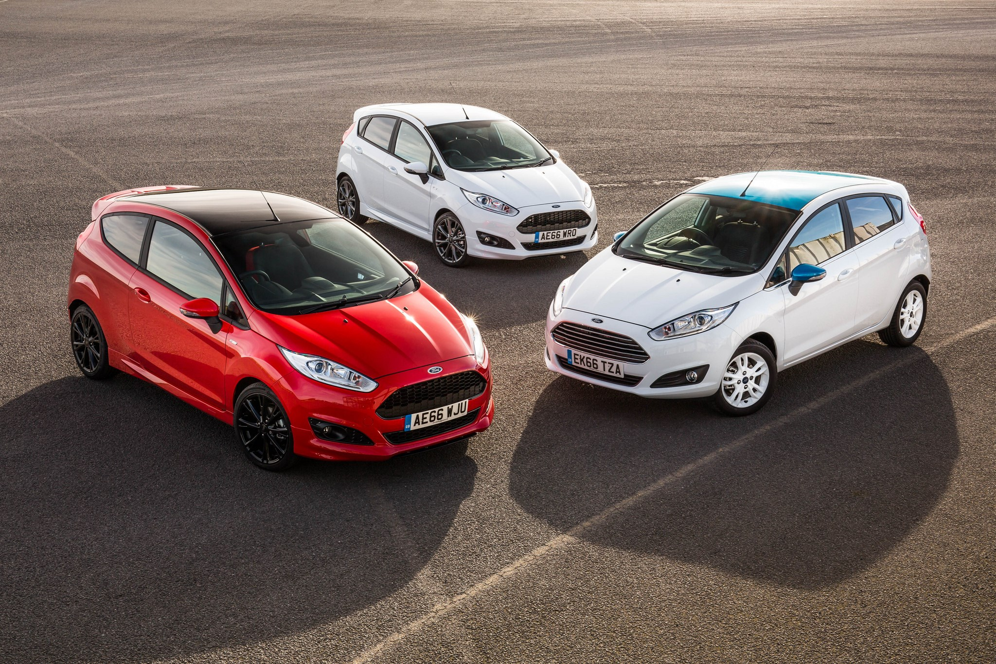 (Full Year) Britain: New Car Market Overview and Analysis - Car Sales Statistics