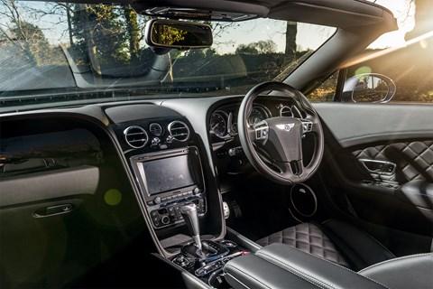 Bentley Continental V8 S Convertible interior