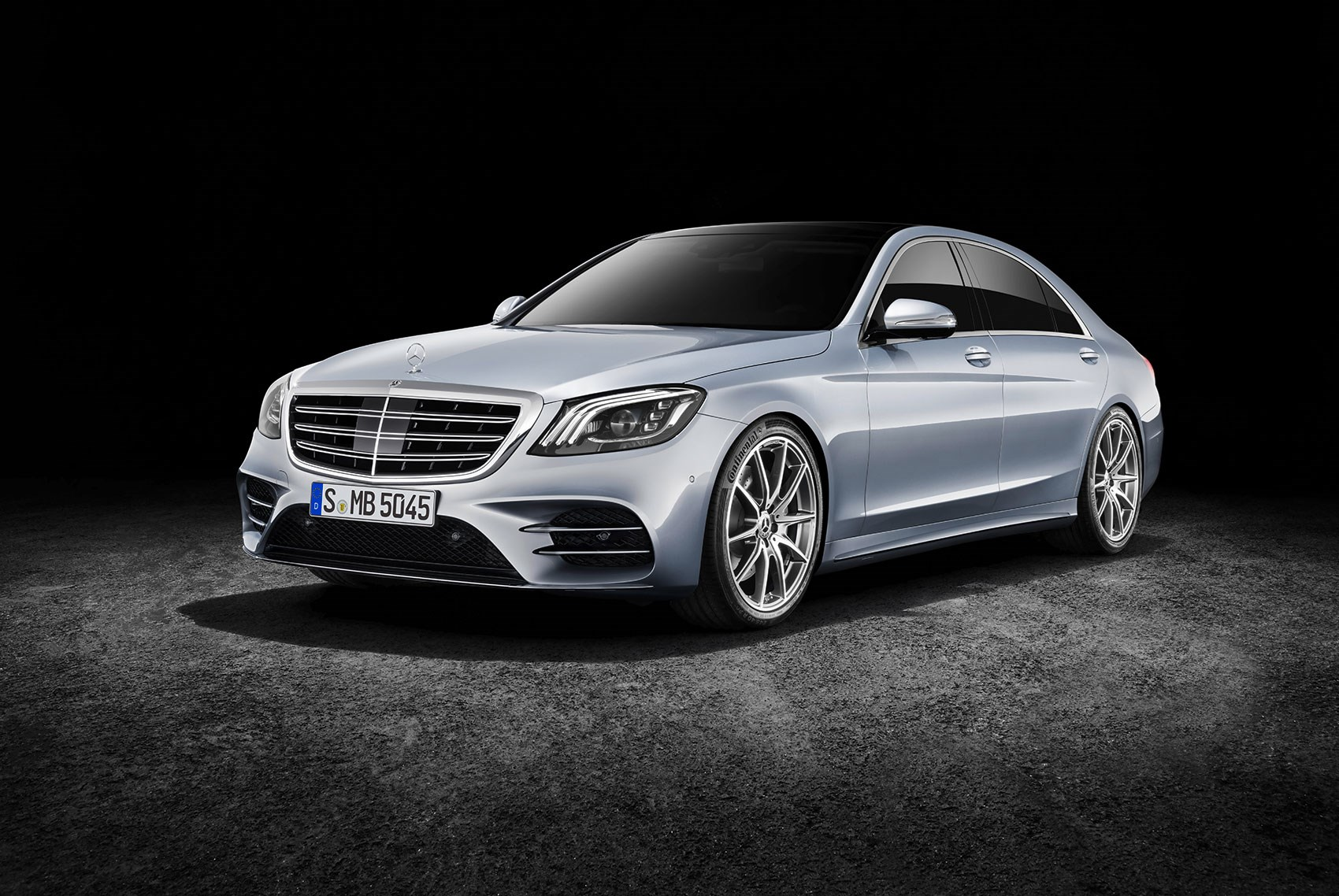 New mercedes benz s class facelift 2017 specs news and for Mercedes benz a class
